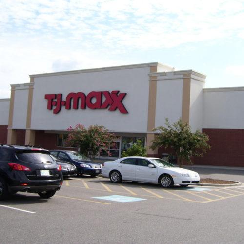 Aberdeen Pines Shopping Center